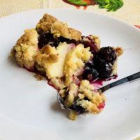 Crumble o crujiente de frutas casero. Recetas de postres para niños