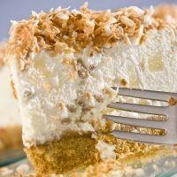 Cheesecake de piña colada. Un postre refrescante para la familia