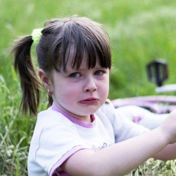 Enseñar al niño a manejar sus emociones