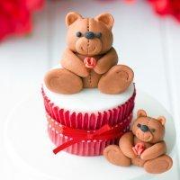 Cómo decorar un cupcake con un oso de peluche