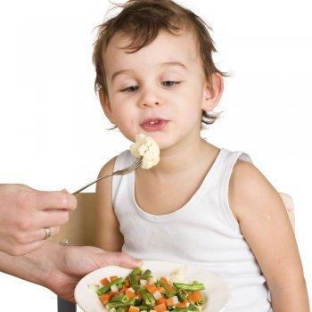 Acostumbrar a los niños a comer verdura
