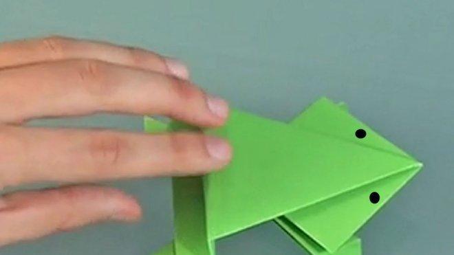 Cmo hacer una rana que salta origami