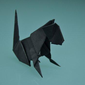 Gato negro de papel