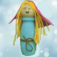 Virgen María. Manualidad para niños con material reciclado