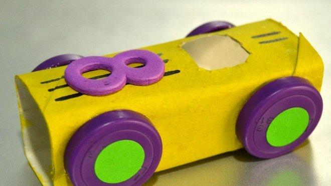 De Carreras Un Material Niños Para Coche Reciclado Con XkZuPOi
