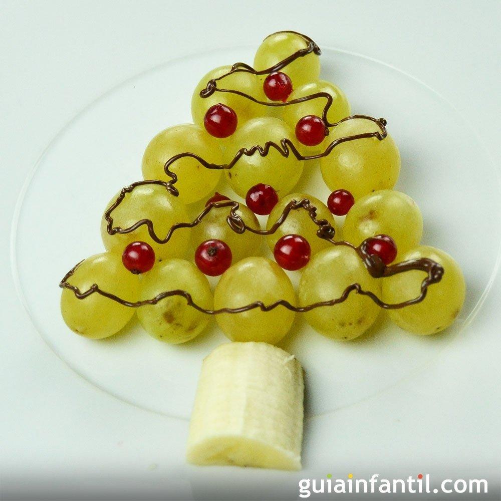 Postre de Árbol de Navidad con uvas