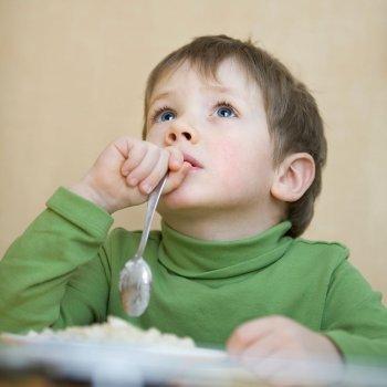 Cómo ayudar a concentrarse a los niños despistados