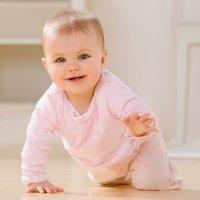 Cómo ayudar al bebé a gatear