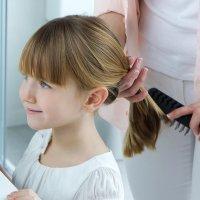 Una coleta alta. Ideas de peinados para niños