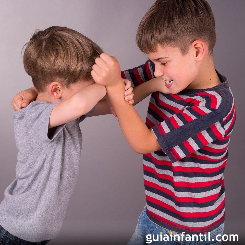 Qu hacer cuando los ni os se comportan de forma agresiva for Espejo que no invierte la imagen