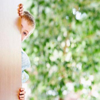 Cómo educar a los niños tímidos