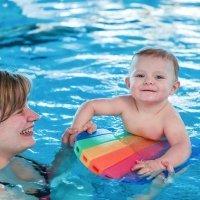 Materiales recomendados para los niños en la piscina