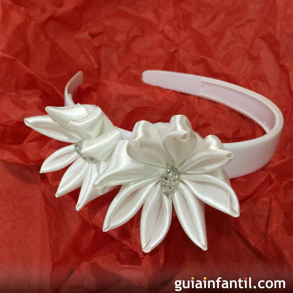cmo hacer una diadema de flores blancas - Como Hacer Diademas De Flores