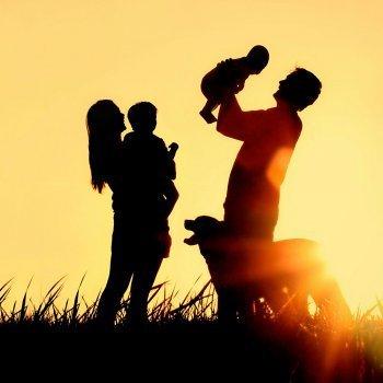 El momento del encuentro con los hijos adoptados