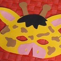 Máscara de jirafa. Manualidades de disfraces caseros