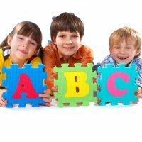 El alfabeto dactilológico en la lengua de signos para niños