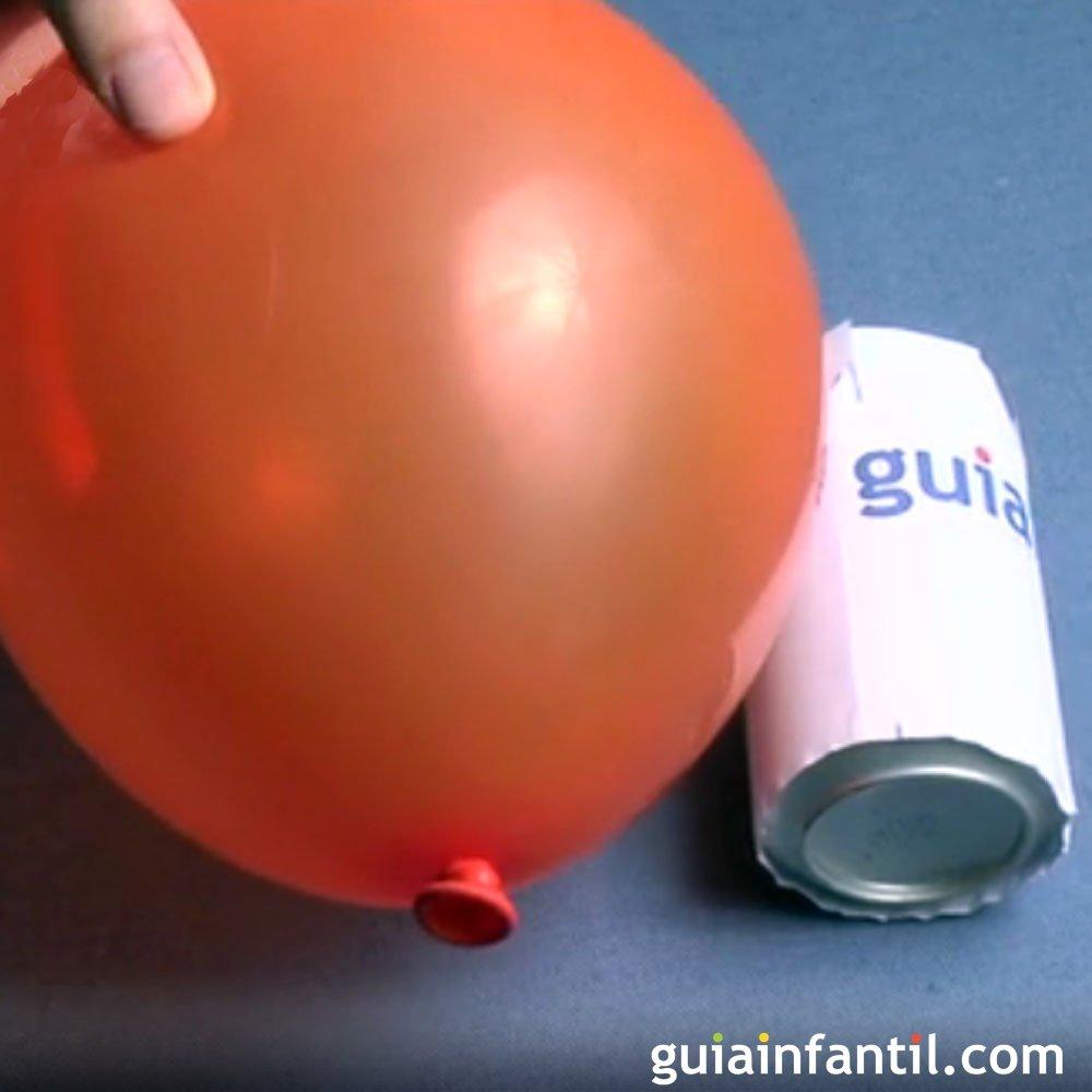 Experimentos infantiles c mo hacer rodar una lata con un - Hacer munecos con globos ...