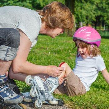 Cómo detener una hemorragia, primeros auxilios en los niños
