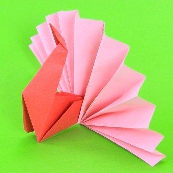Pavo real de origami