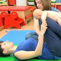 Gimnasia para perder tripa tras el parto con el bebé