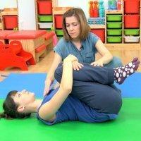 Ejercicio de estiramiento de espalda tras el parto