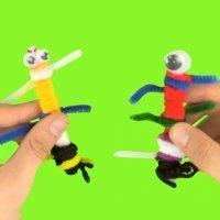 Cómo hacer marionetas con palos y lana. Manualidad infantil