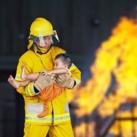Cómo es la profesión del bombero. Vídeos educativos para niños