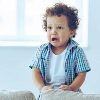 Nunca digas estas frases a tu hijo cuando llore