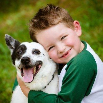 El vínculo entre los niños y los animales