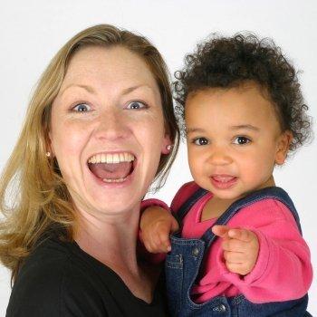 La importancia de tener una tía para los niños