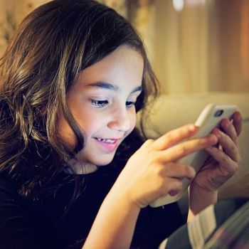 La adicción de los niños a las redes sociales