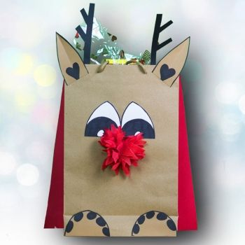 Bolsa decorada para Navidad. Manualidades de reciclaje para niños