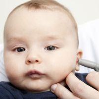 Síntomas de sordera en bebés y niños