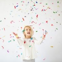 Cañón de confeti para Nochevieja. Experimentos infantiles para Navidad