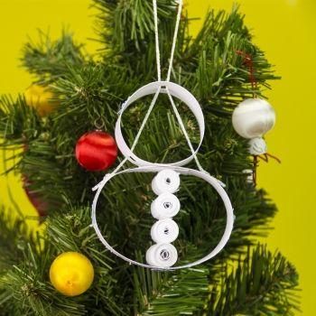 Muñeco de nieve para adornar el árbol de Navidad. Manualidades infantiles