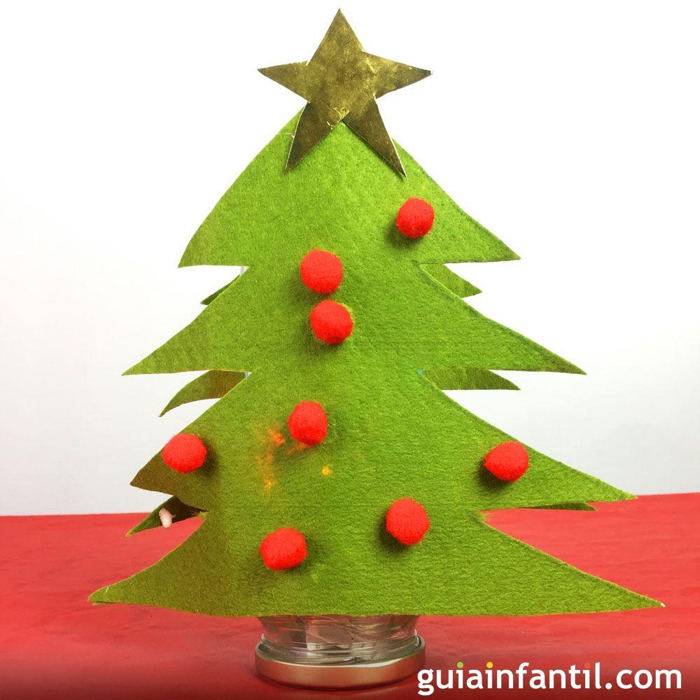 L mpara con forma de rbol de navidad manualidades para ni os for Arbol de navidad manualidades para ninos