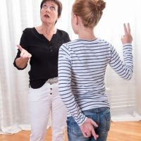Qué hacer cuando los hijos mienten. Consejos de educación para padres