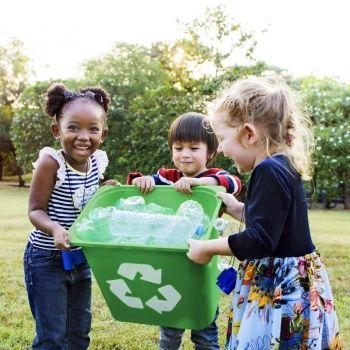 Errores de reciclaje que no debes enseñar a tus hijos