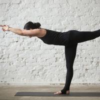 El guerrero III. Postura de yoga para niños