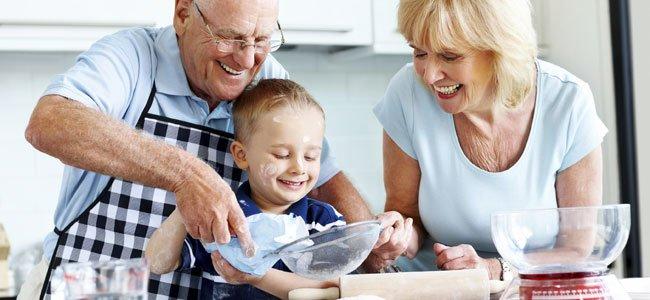 Niños menos obesos gracias a los abuelos