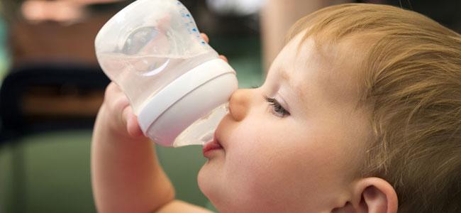 Alimentos que ayudan a combatir el calor en bebés menores de 2 años