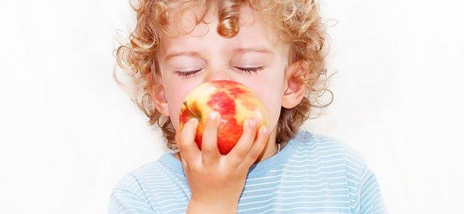 Comer la fruta con o sin piel