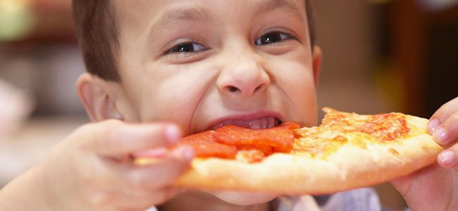 Buenos hábitos de alimentación de los niños