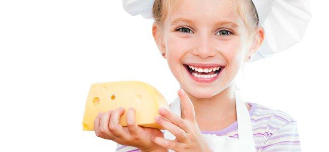 Niña con queso