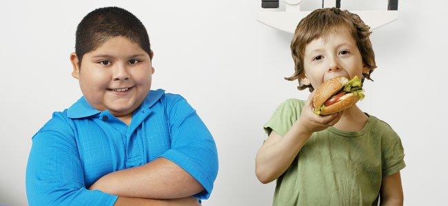 Niño gordo y niño flaco