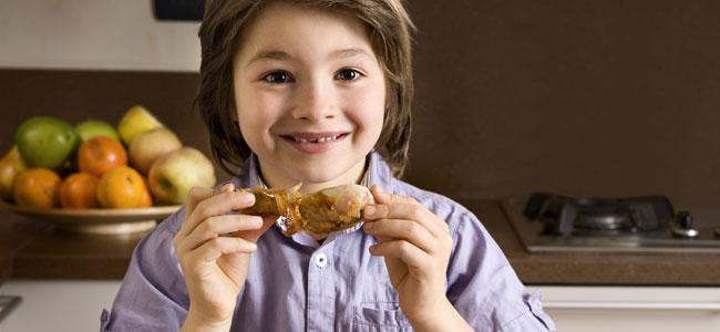 Pollo con hormonas, ¿mito o realidad?, ¿pueden los niños comer pollo de forma segura?