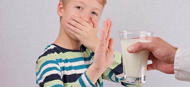 El riesgo de eliminar la lactosa de la dieta de los niños