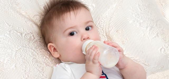 Cómo acabar con las manchas de leche