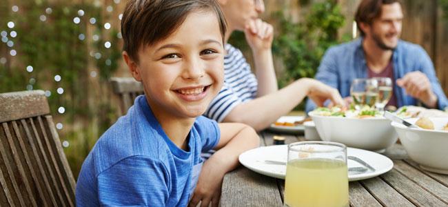 Tres platos o plato único para una dieta infantil sana