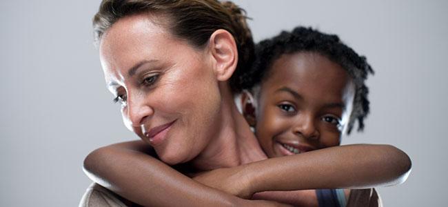 hablar de la adopción a los niños